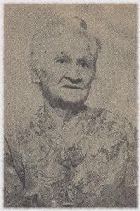 Minnie Etta (Derk) Strausser