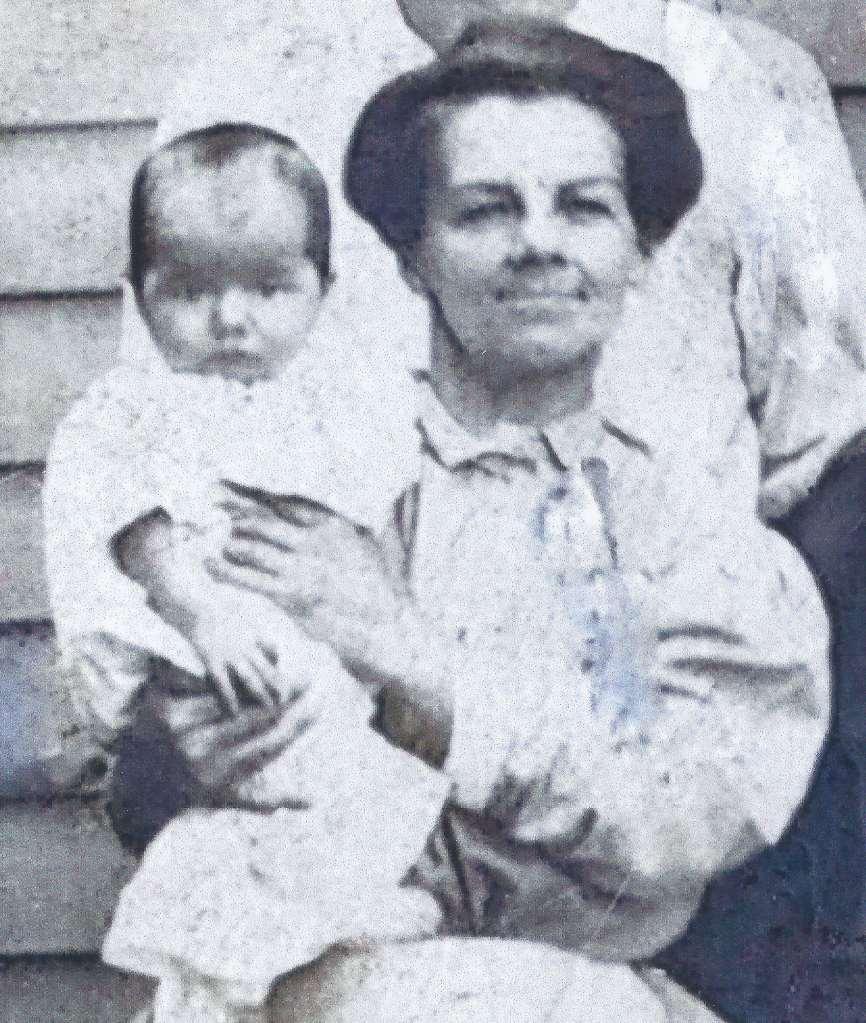 Laura (Wetzel) Klinger holding young Marlin Strausser (c.1909)